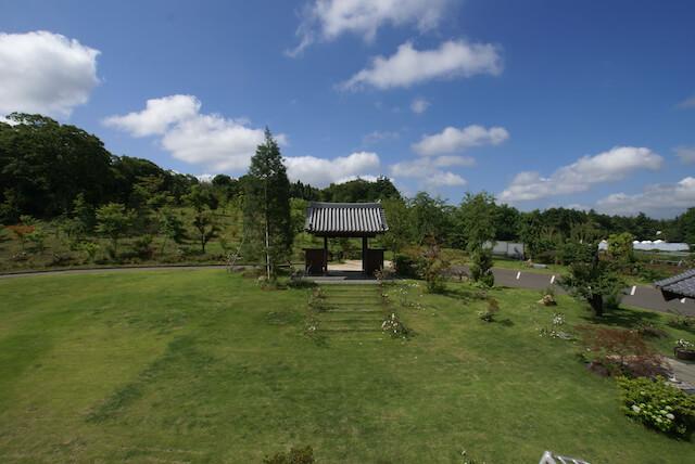 曹洞宗 真光寺の山門