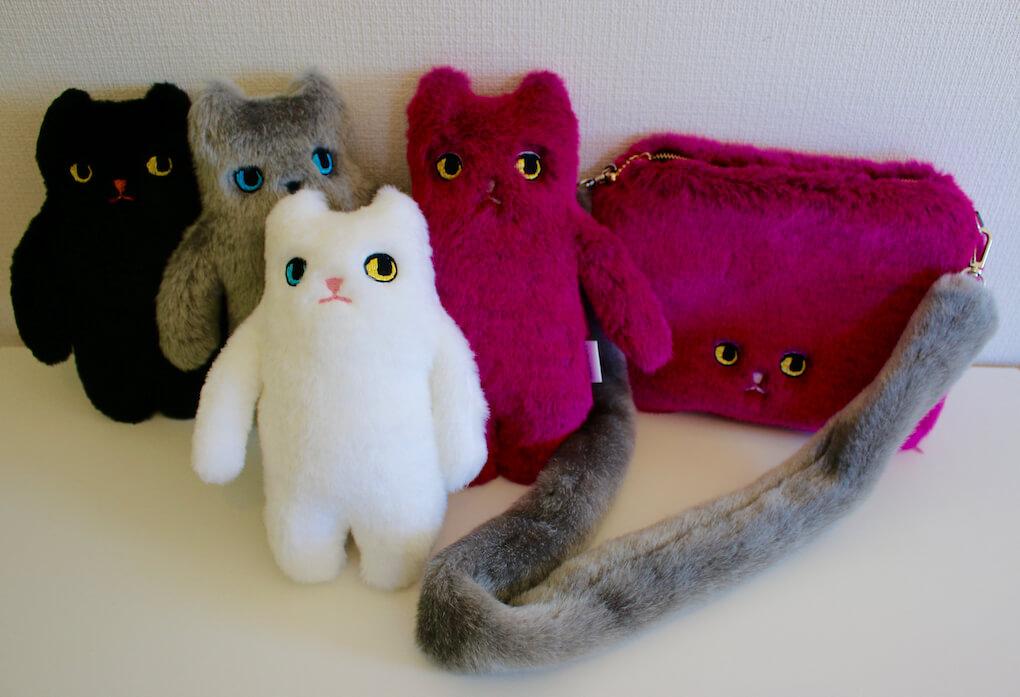 KEORA KEORA(ケオラケオラ)とコラボしたピンクボアを使ったポーチや猫のぬいぐるみ