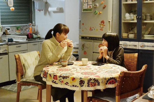 映画「トラさん~僕が猫になったワケ~」で親子役を演じる多部未華子と平澤宏々路