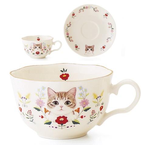 お花と猫のカップ&ソーサーの会、キジ白猫のデザイン