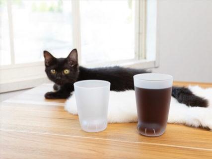 猫の手足をイメージした「ここねこグラス」の無地&ヒョウ柄バージョンが登場