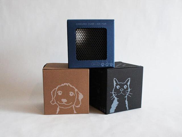 特許技術でペットの気になるニオイを吸着!可愛いキューブ型の消臭グッズ「チクノキューブ」商品パッケージ
