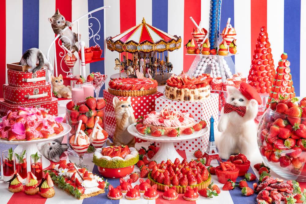 ヒルトン東京で開催されている「ストロベリーCATS コレクション」のイメージ