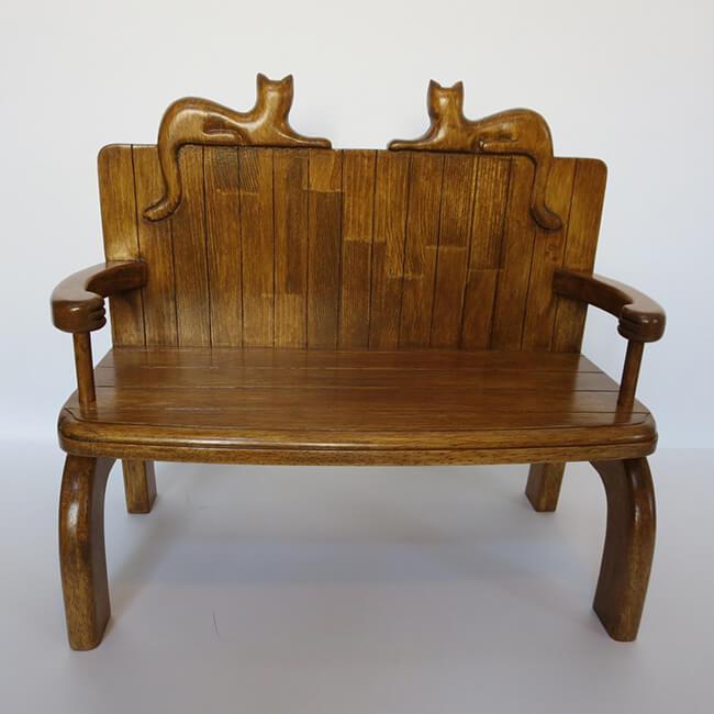 ネコ椅子 by アトリエTOU