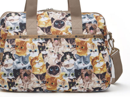 レスポートサックの猫柄プリントバッグに新作が登場!バッグ&ポーチを全28種類展開