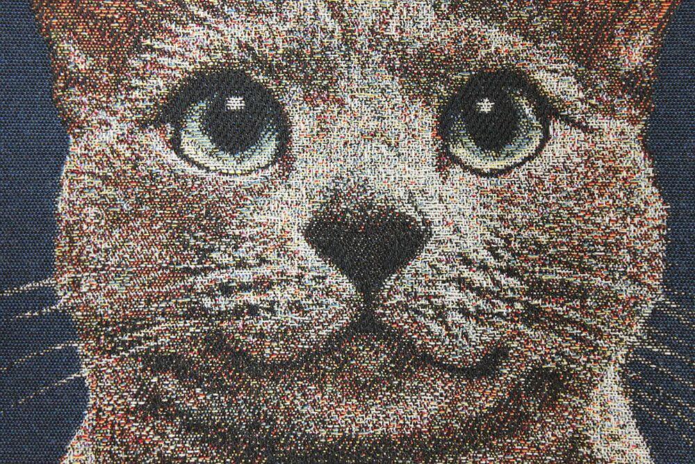 猫の写真からジャカード織りで仕上げた布生地