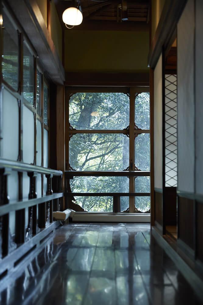 百段階段「清方の間(廊下)」のイメージ