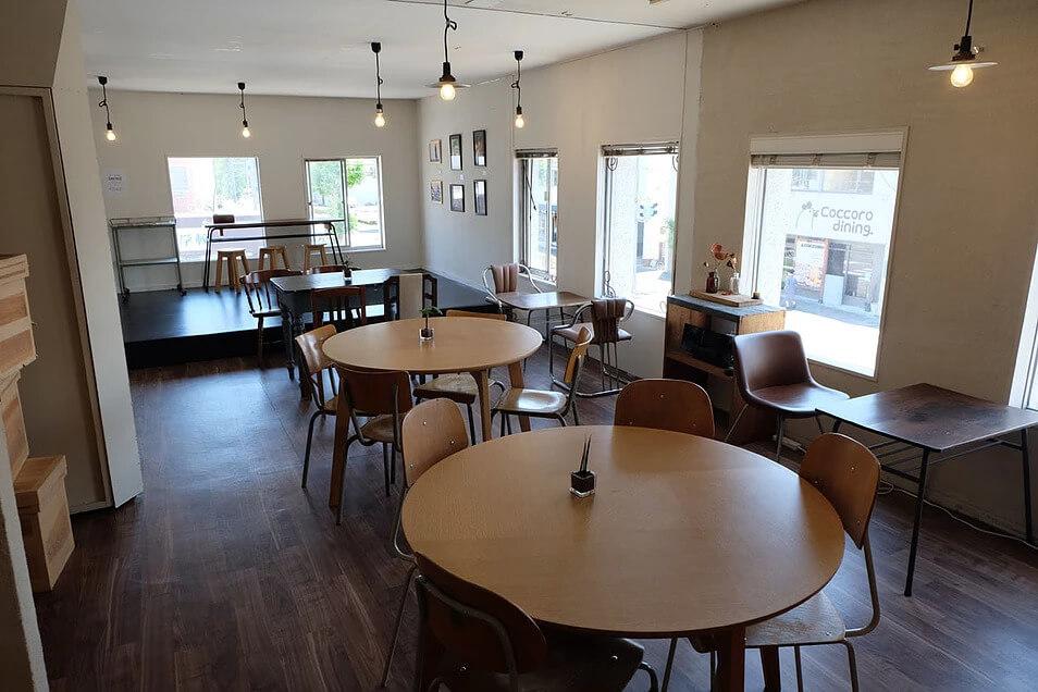 前橋市の紅茶店「紅茶のティーストアー」2Fにある「ヤネウラギャラリー」