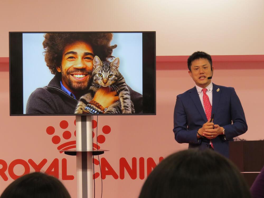 服部幸獣医師氏によるセミナー「猫との暮らし方や猫の行動から読み取る身体のサイン」の様子