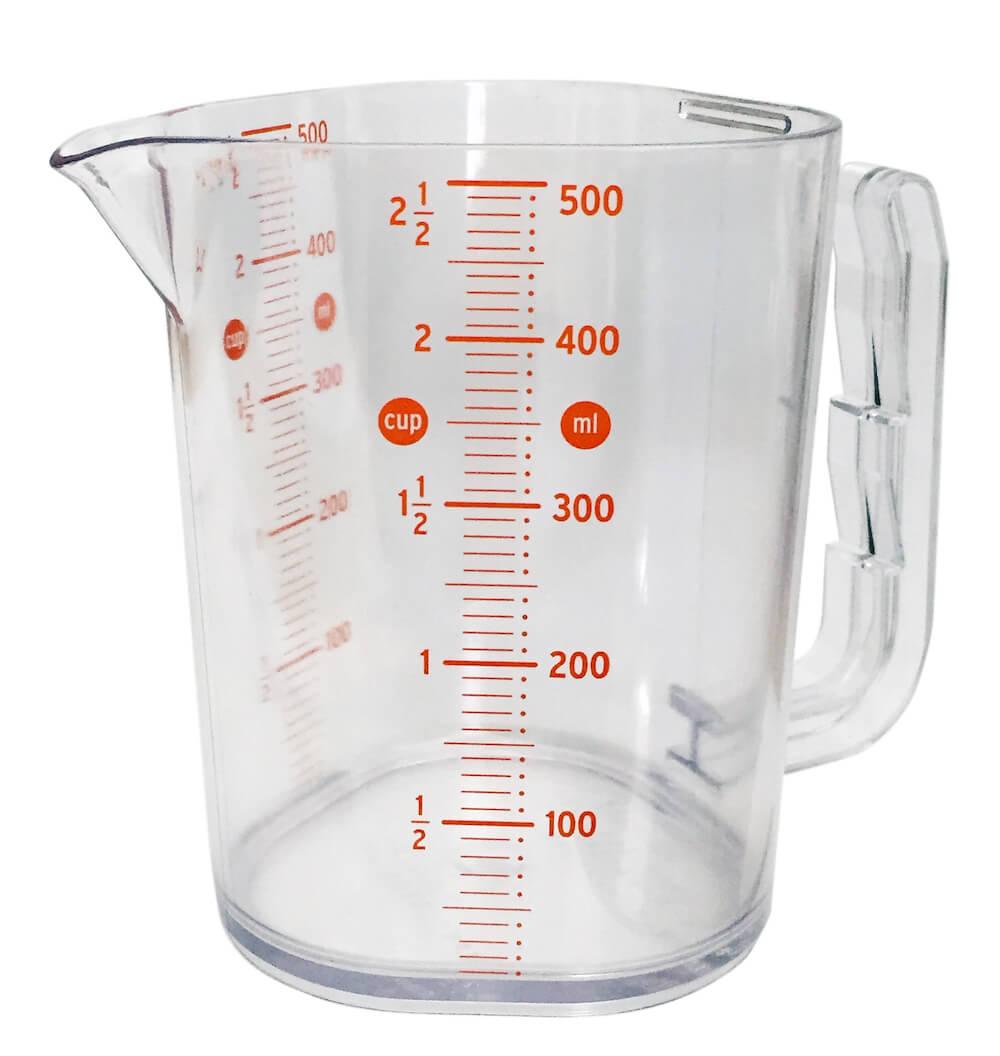 ジャズオリンパスが開発した鍋掛け計量カップ