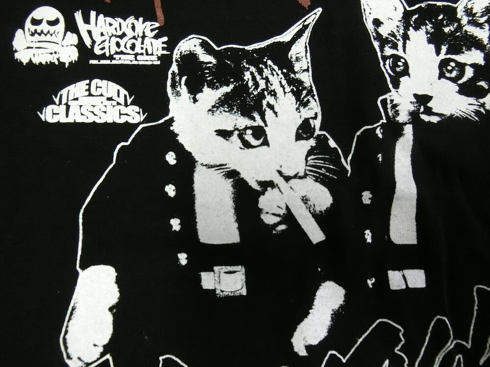 Tシャツ「なめ猫-NAMENNAYO-(喫煙停学ブラック)」のなめ猫拡大画像
