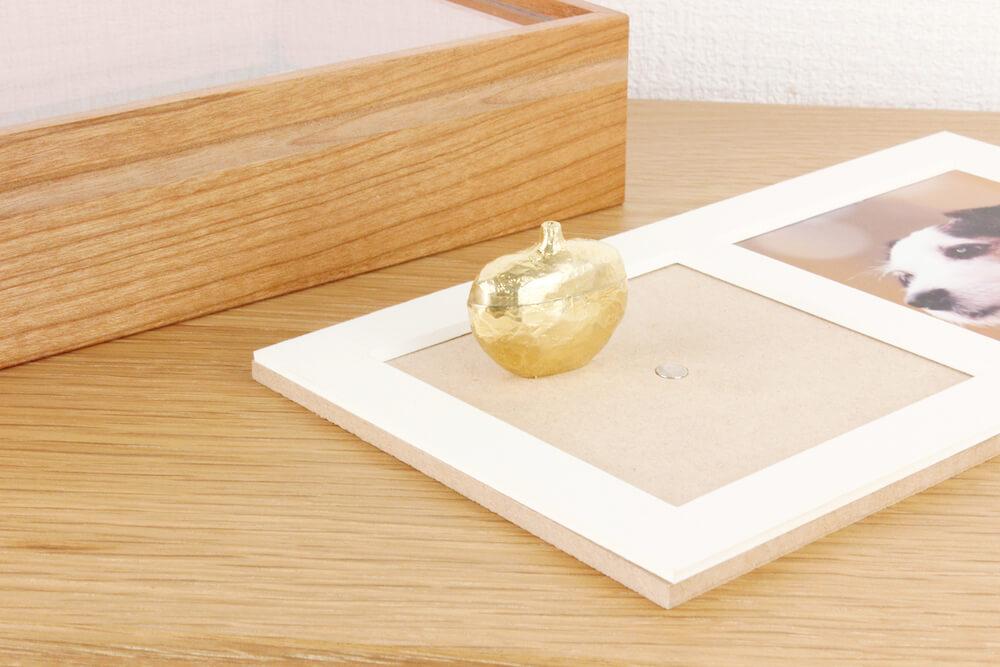 写真と骨壷を飾れるフレームタイプのペット供養品 by Recolle(レコレ)