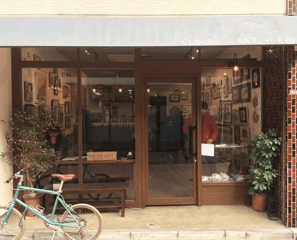 アートギャラリー兼コーヒーショップ「CLOUDS ART+COFFEE」の店舗外観イメージ