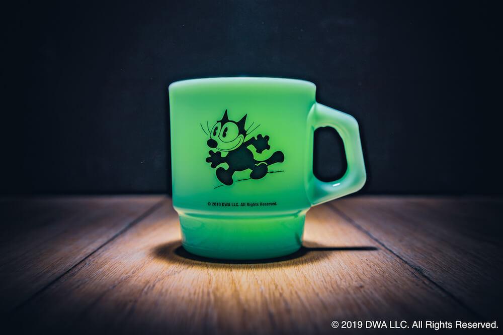 Fire-King(ファイヤーキング)×フィリックス・ザ・キャットがコラボしたマグカップ