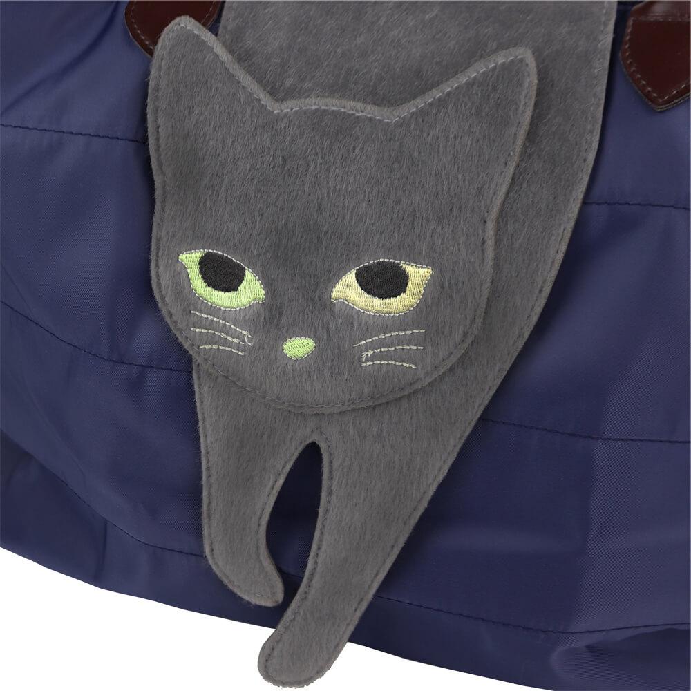 フラップ部分が猫になっているバッグ「のび猫 2WAYトート」