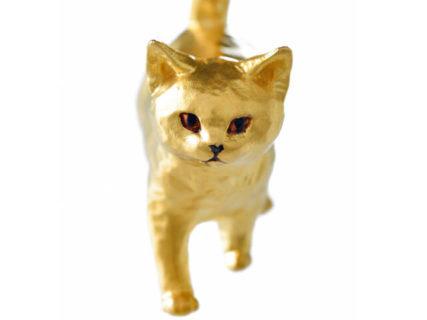 価格は117万円!はしもとみお氏が手がけた猫の純金オブジェが発売、銀座で彫刻展も開催中