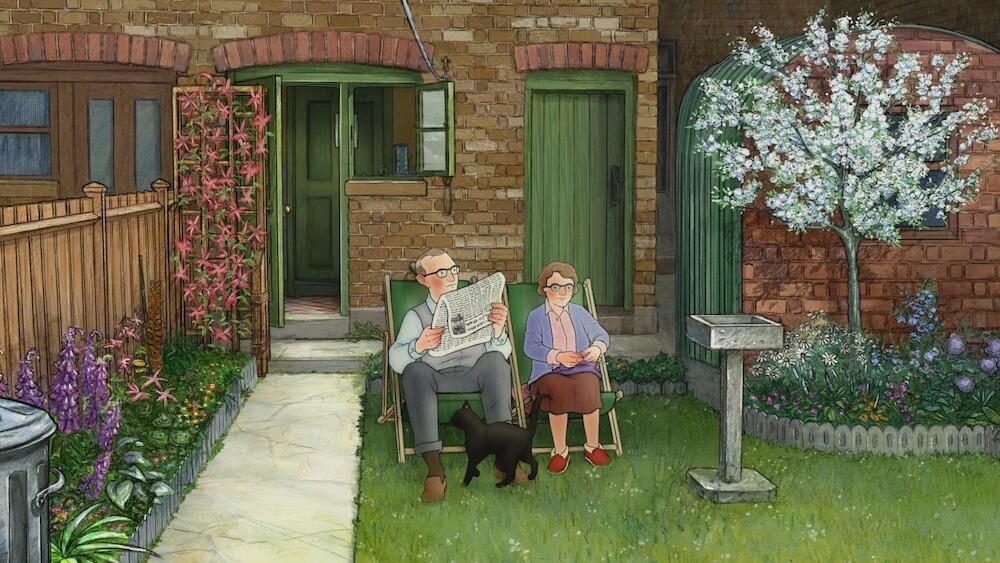 庭を横切る黒猫のスージー by アニメ映画「エセルとアーネスト ふたりの物語」