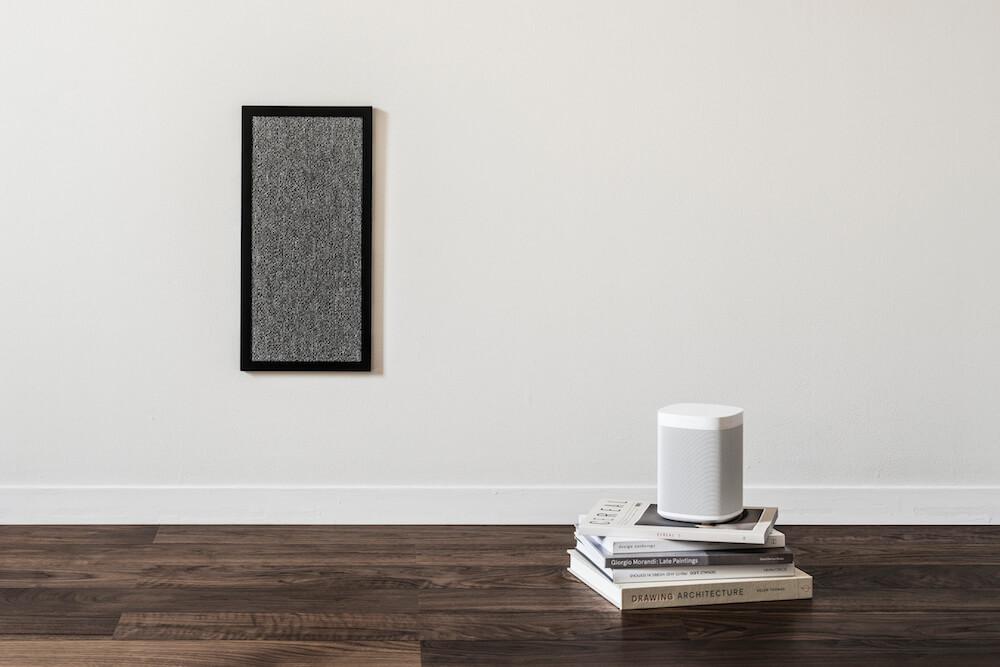 壁掛けタイプの猫用爪とぎ「NEKOBOARD(ネコボード)」ブラック×グレー