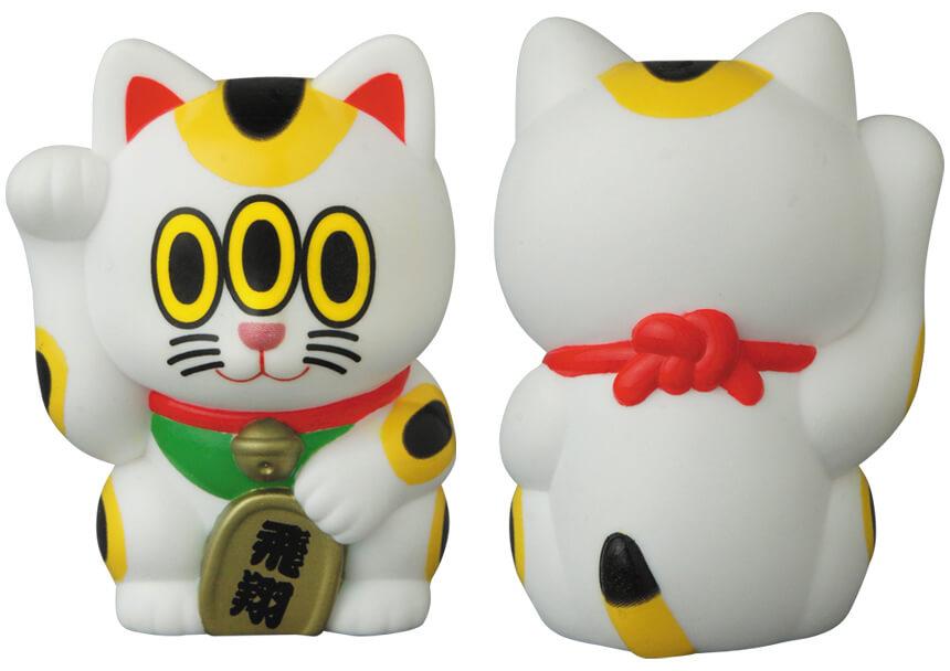 招き猫のソフビフィギュア「飛翔」 by ART JUNKIE