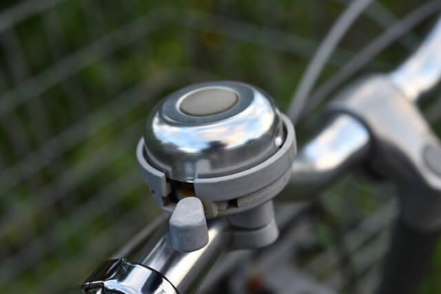自転車のベルのイメージ写真