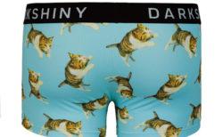 ネコ好きな男子は注目ニャ!下着メーカーと「飛び猫」がコラボしたボクサーパンツが登場