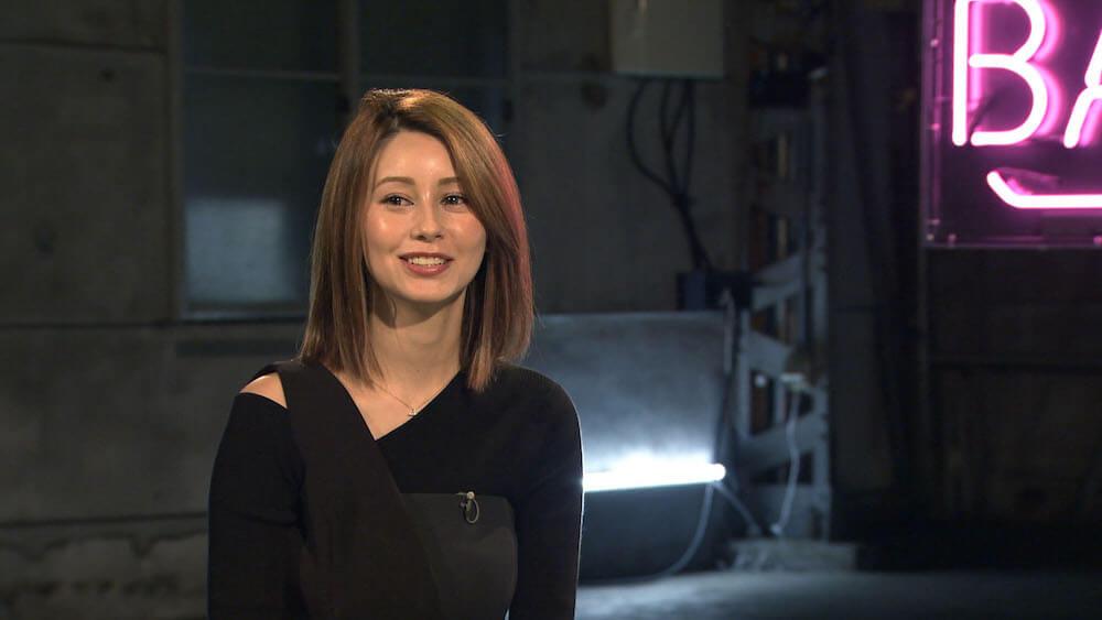 ゲストのダレノガレ明美 by テレビ番組「BACKSTAGE」ペット探偵編