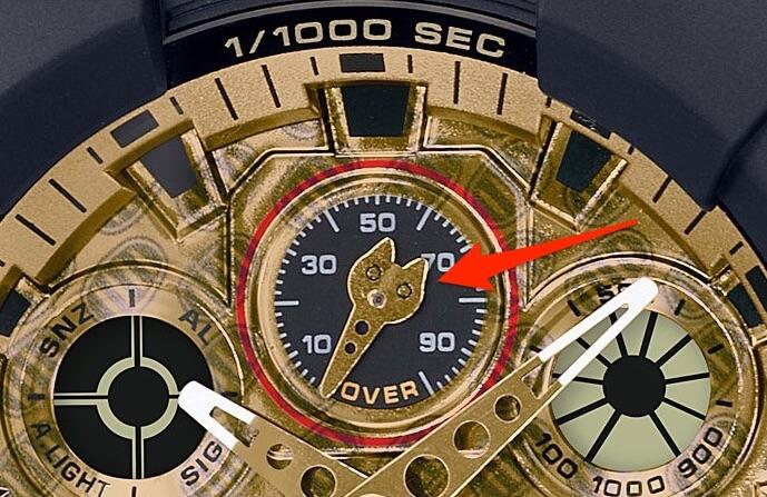 小針が猫の形にデザインされたG-SHOCK(ジーショック)の招き猫モデル「MANEKINEKO(まねきねこ)」GA-100TMN-1AJR ゴールドカラー