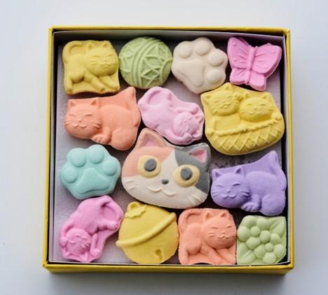大丸東京店の1階にある清月堂本店の和菓子「猫づくし」