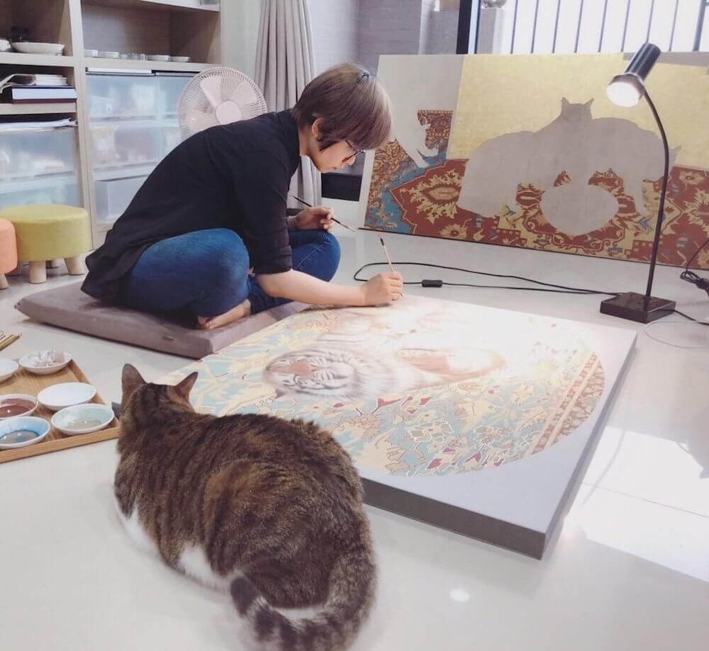 猫を描く台湾の画家 チン・ペイイ(陳 珮怡)のアトリエ&制作風景
