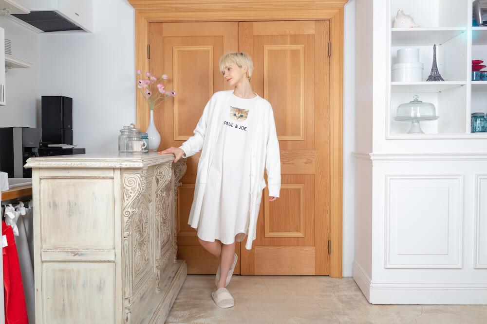 ヌネット&ロゴ ワンピース のホワイトカラー