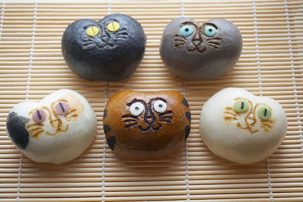 キモカワ系の猫まんじゅう「招福猫子(しょうふくねこ)まんじゅう」