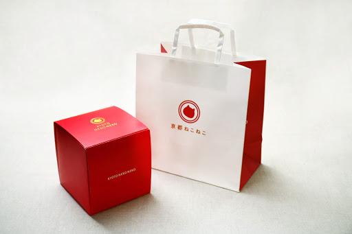 専用ボックスとショッパー付きの京都ねこねこデニッシュ食パン by 京都ねこねこ