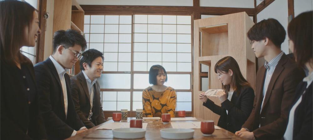 三菱地所レジデンスのネコ好き社員×いしまるあきこ氏によるミーティング風景 by 猫タワマン制作プロジェクト