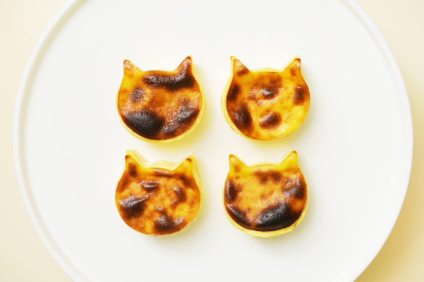 バスクチーズケーキのような焦げ目がついたネコ型チーズケーキ「にゃんチー」