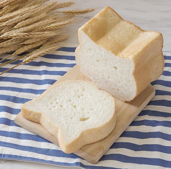 ベーカーリーブランド「LE BIHAN(ル ビアン)」のねこ型食パン