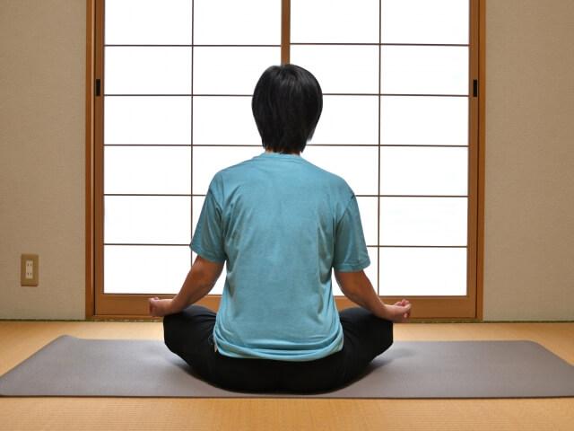 瞑想のイメージ写真