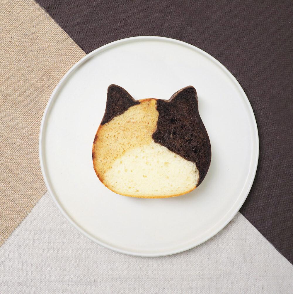 「ねこねこ食パン 三毛猫」の製品イメージ