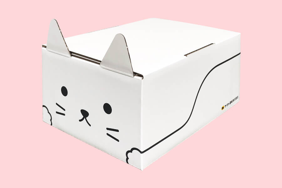 ヤマト運輸の宅急便でも使える猫型の梱包資材「ネコ耳BOX(白ネコ)」製品イメージ