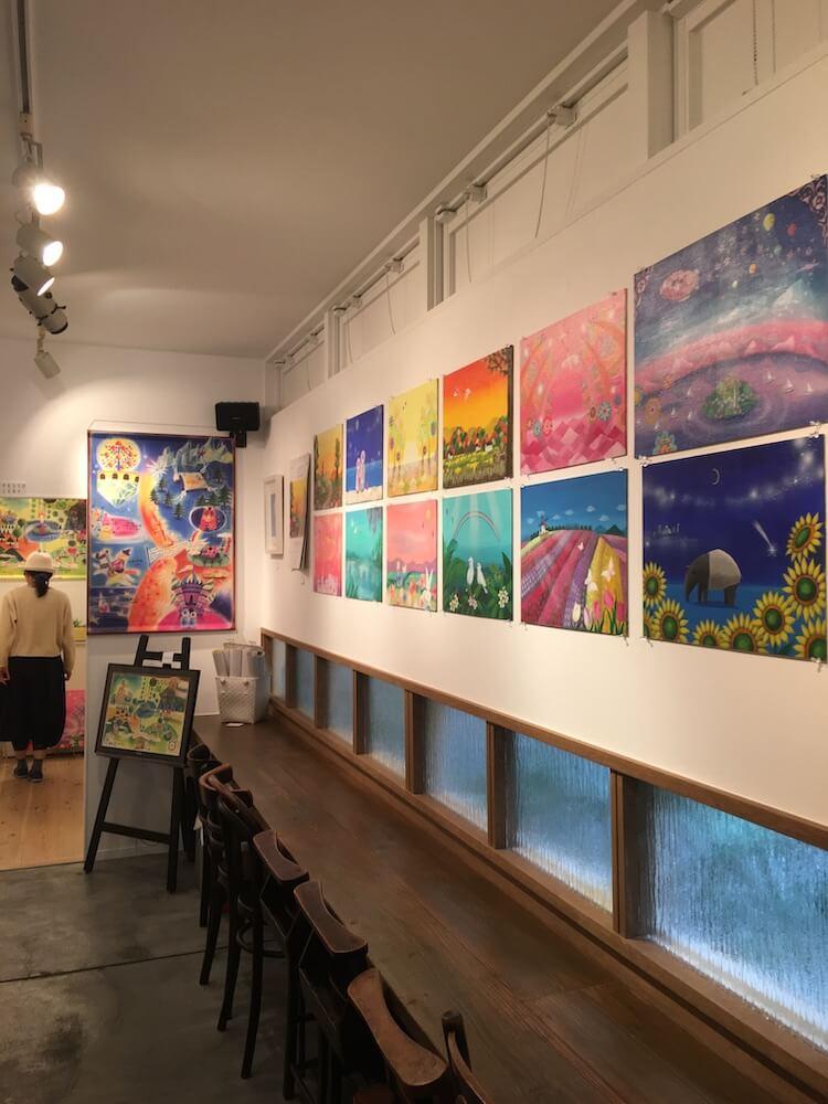 大阪市中央区にあるギャラリー「The 14th.moon」での絵画展開催風景