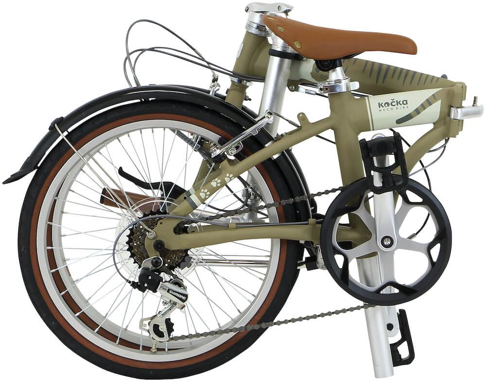 猫をコンセプトにした折り畳み自転車「kocka (コチカ)」を折りたたんだ状態