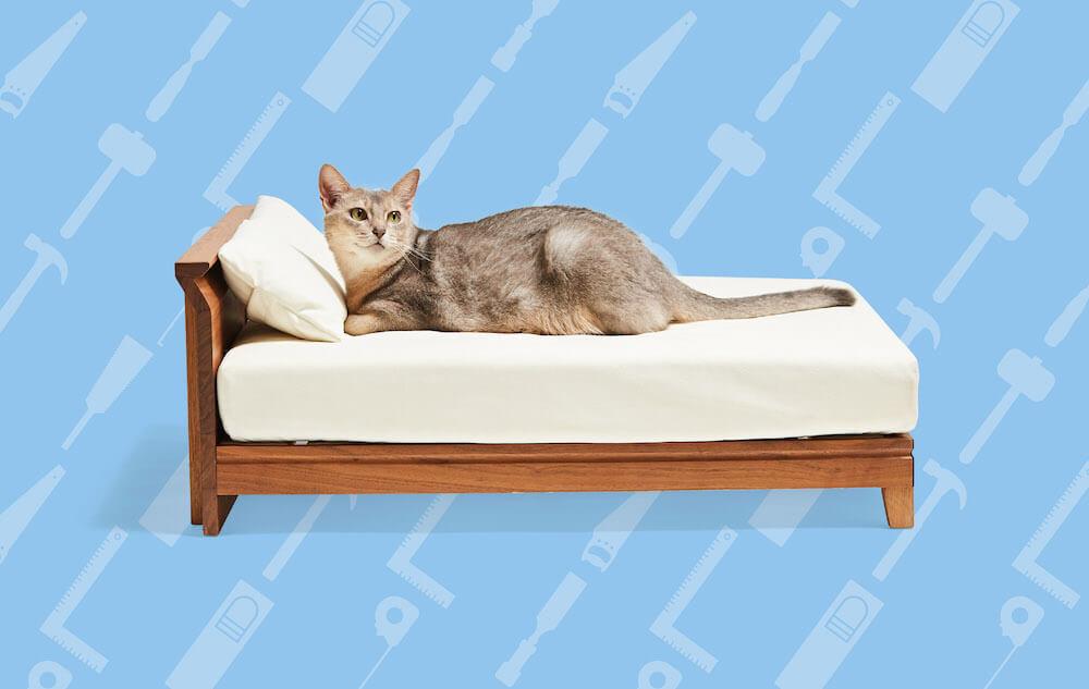 ネコ家具「Raffine Bed for cat」 by 立野木材工芸