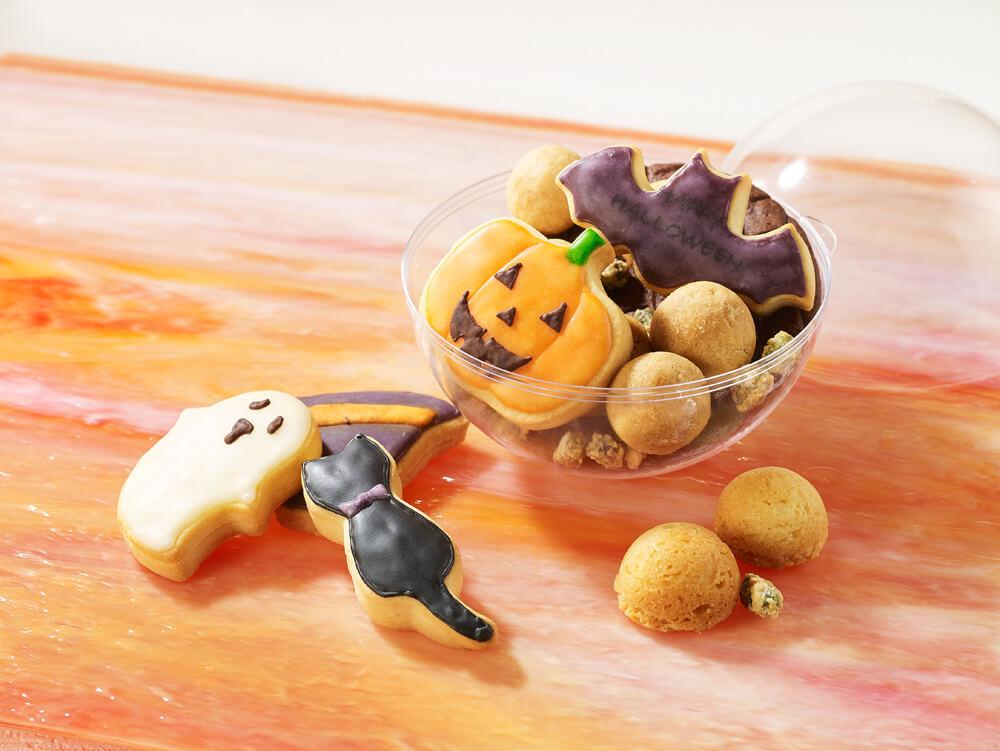 ジャック・オー・ランタンやコウモリ、黒猫などをモチーフにしたクッキーを詰め合わせた「ハロウィーンクッキー」