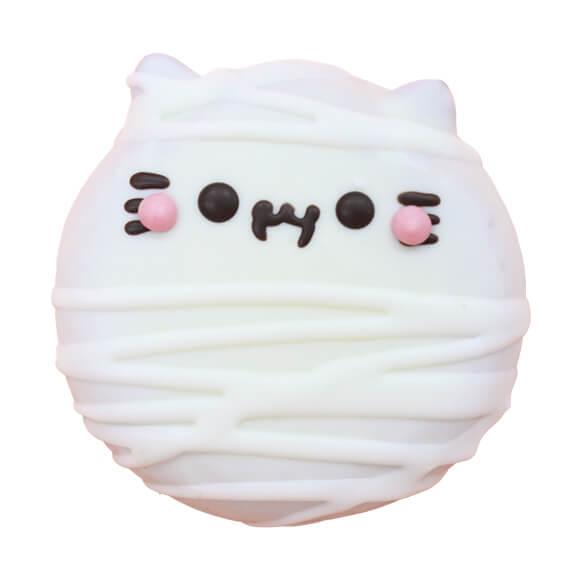 ミイラにゃんこをイメージしたドーナツ(ホワイトチョコ味) by イクミママのどうぶつドーナツ!
