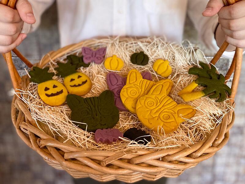 ハロウィンモチーフのクッキー by 西表島ホテル