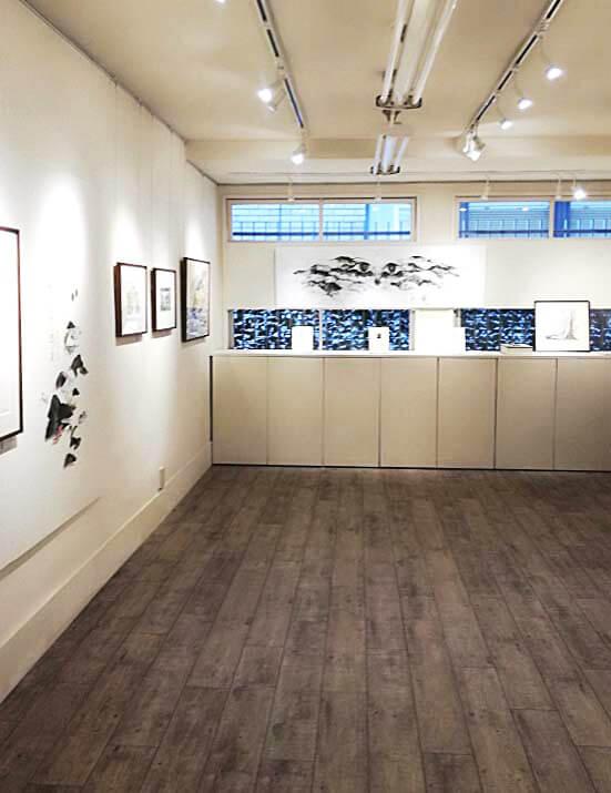 東京・京橋にあるアートギャラリー「メゾンドネコ」内観イメージ写真