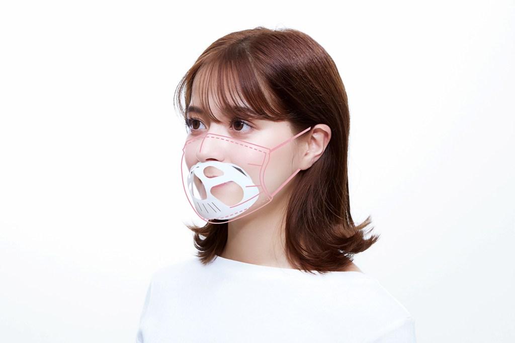 ネコ型のマスクフレーム「にゃんと快適!マスクフレーム」の装着タイプ1(鼻と口のセパレートタイプ)