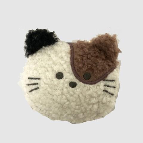 猫のマスコットの中にエコバッグを収納できる「もふもふの動物のエコバッグ」三毛猫デザインのイメージ