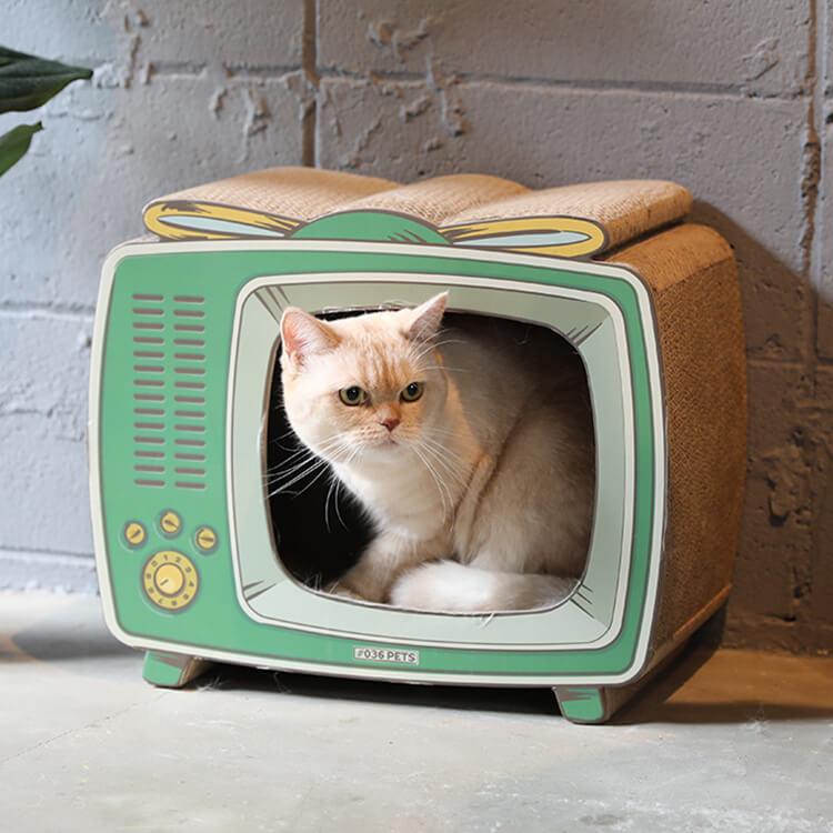 レトロなテレビ型の爪とぎ猫ハウス「爪とぎ TV」製品イメージ by #036PETS(オーサムペッツ)