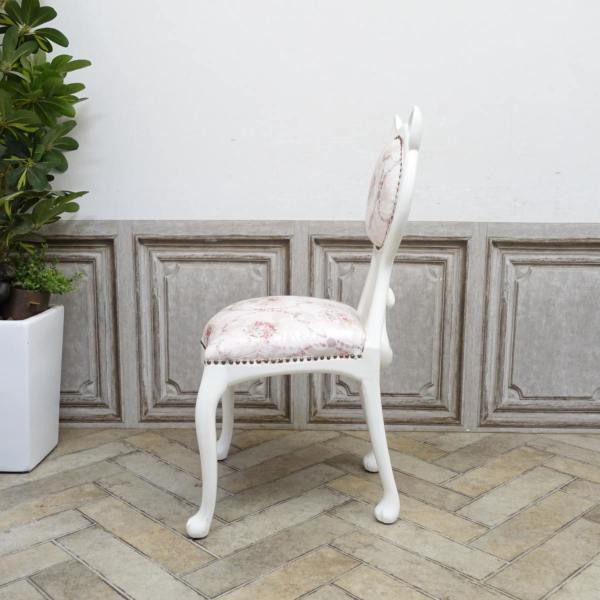 猫の形をしたアンティーク調の椅子「キャットチェア(Cat Chair)」側面イメージ