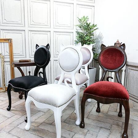 猫の形をしたアンティーク調の椅子「キャットチェア(Cat Chair)」カラーバリエーション